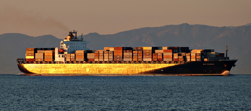 Container_ship_sunset_7187_2